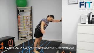 Mobilizacja kręgosłupa piersiowego do rotacji – przy ścianie – AKT007