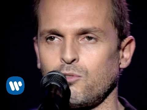 Miguel Bose - No Hay Ni Un Corazon Que Valga La Pena (Official Music Video)