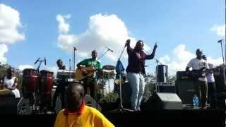 Fena live (Africa Massive)