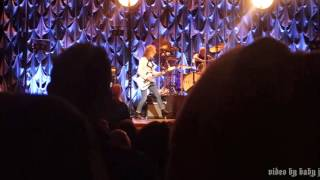 Pretenders-DOWN THE WRONG WAY [Chrissie Hynde]-Live @ EJ Thomas Hall, Akron, OH, November 26, 2016