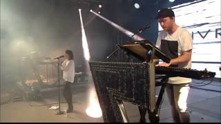 """CHVRCHES """"Strong Hand"""" Live @ Bonnaroo 2014"""