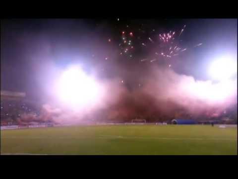 """Recibimiento espectacular WILSTERMANN VS PEÑAROL"" Barra: Gurkas • Club: Jorge Wilstermann"