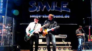 Cheap Trick Riff  High Roller Soundcheck Jam Smile