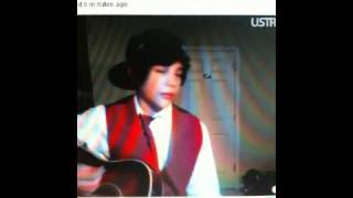 AUSTIN MAHONE singing One Less Lonely Girl & Hold My Hand live on Ustream