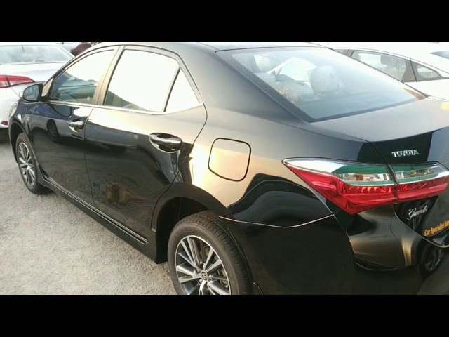 Toyota Corolla Altis Grande CVT-i 1.8 2020 Video