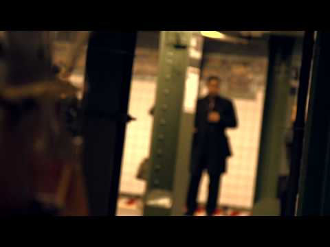 Subway Video - The Wandering Cellist (Cello Mike)