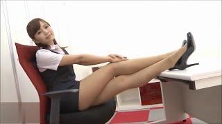 Красивые ножки азиатской девушки!