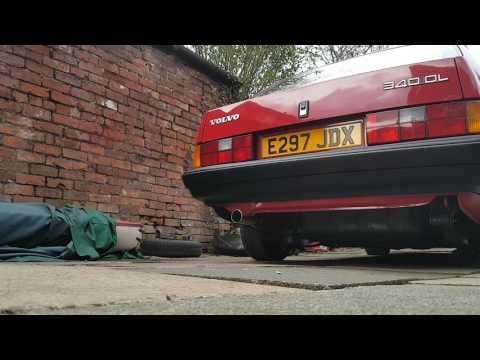 Mercedes der Sprinter das Benzin der Aufwand