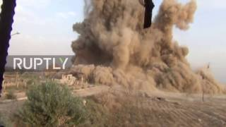 Syria: Army sappers blow up IS 'headquarters' in Deir ez-Zor