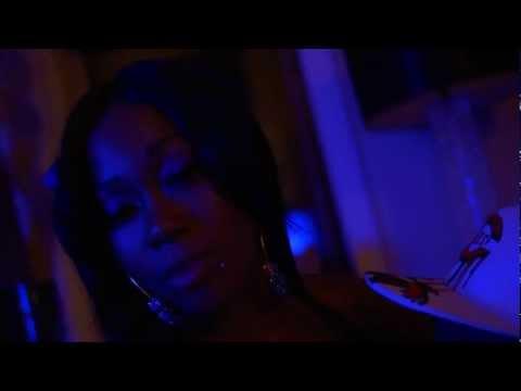 "Ace Cash ft. C. Jones & Tekniq ""Wanna Smash"" (Music Video)"