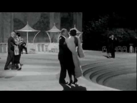 Felline Otto e Mezzo escena ball - Videoteka.Net