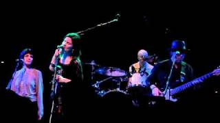 10,000 Maniacs - Eden - House of Blues - April 16, 2011