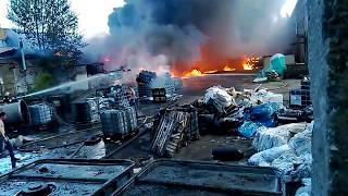 Пожар в цехе в Ярославле (1-ый Промышленный проезд, 9 июня 2017 12.00)