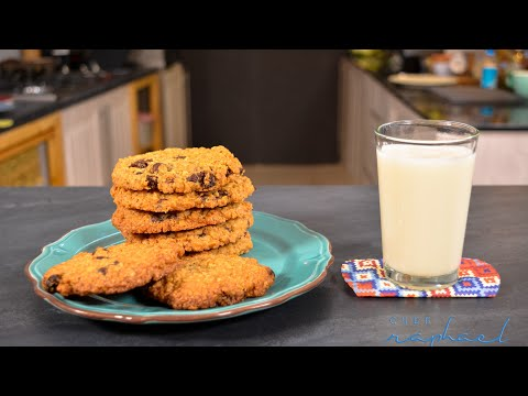 Crunchy Delicious Oatmeal Cookies