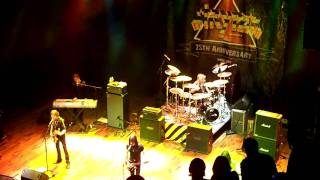 Stryper - Houston 12-21-2009 - Reason For the Season and Winter Wonderland