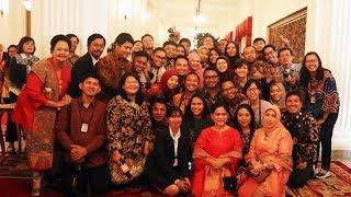 Usai Ajak Foto Wartawan dan Ditanya Apakah Akan Diunggah di Instagram, Iriana Jokowi: Ora Duwe