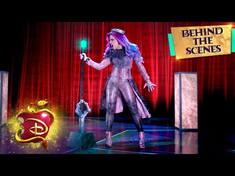 Queen of Mean 👑 | Behind the Scenes | Descendants 3