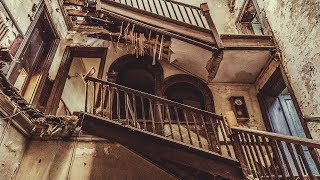 DANGEROUS ABANDONED MANSION WITH LIBRARY AND EVERYTHING LEFT INSIDE, LONDON, ENGLAND