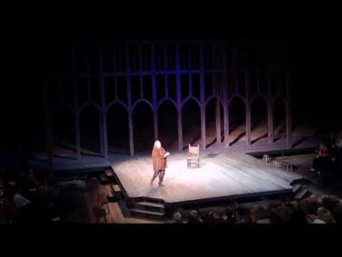 Tom Hanks ad libs for almost 5 minutes after medical emergency stops performance of Henry IV