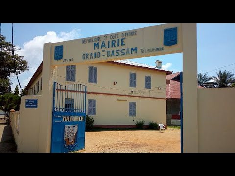 <a href='https://www.akody.com/cote-divoire/news/cote-d-ivoire-grande-polemique-autour-de-la-mise-sous-tutelle-de-cinq-communes-de-prefets-departementaux-ce-qu-en-pensent-les-populations-319555'>C&ocirc;te d&rsquo;Ivoire : Grande pol&eacute;mique autour de la mise sous tutelle de cinq communes de pr&eacute;fets d&eacute;partementaux, ce qu&rsquo;en pensent les populations</a>