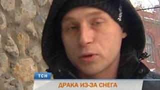 Драка из-за снега: в Перми водитель джипа набросился на пенсионера