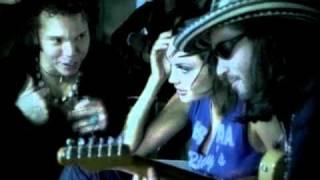 Mi Bombon - Andres Cabas  (Video)