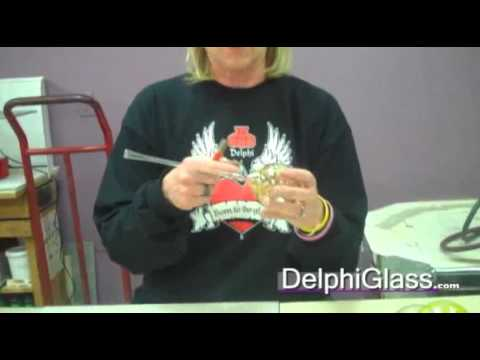 How to Remove the Blow Pipe from a Glaskolben Ornament | Delphi Glass