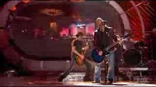 Daughtry  , Home ( Live on American Idol )