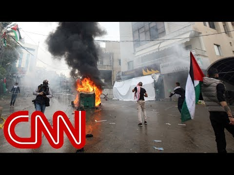 Violent protests near US embassy in Beirut