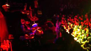 Wolf Hair /  Stratovolcano - Chiodos (Live)