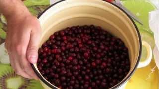 Смотреть онлайн Рецепт приготовления варенья из вишни с косточкой