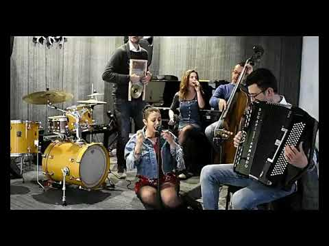 SmokySnap Musica moderna, stile Vintage. Bari musiqua.it