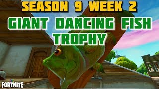 Fortnite - VISIT GIANT DANCING FISH TROPHY LOCATION - SEASON 9 WEEK 2 CHALLENGES