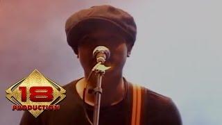 Superman Is Dead - Aku Anak Indonesia (Live Konser Sukabumi 7 April 2012)