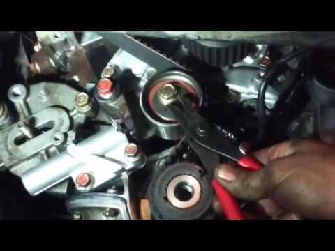 Die Proportionen des Öles und des Benzins in 2 taktnych die Motoren trimmera