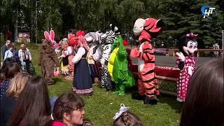 В четвертый раз на Ярославовом дворище прошел новгородский этап фестиваля «Игры и люди»