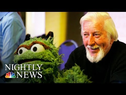 Caroll Spinney, Puppeteer Who Brought Big Bird To Life, Dies At 85 | NBC Nightly News