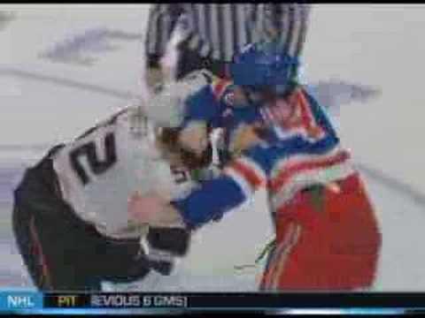 Ryan Hollweg vs. Ryan Carter