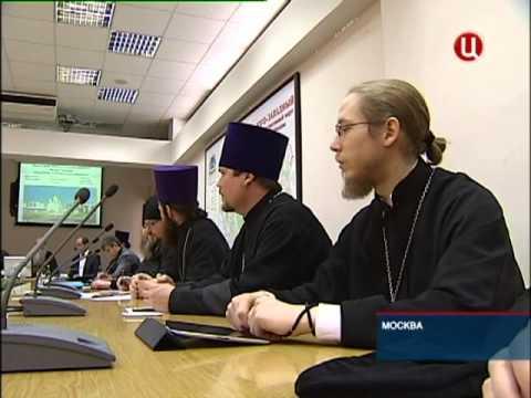 Православные храмы на острове русский