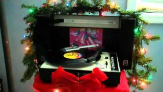Willo & Phillo - I Wish It Could Be Christmas All Year Long