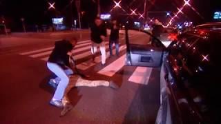 Policja samochodowa - zatrzymanie złodzieja.
