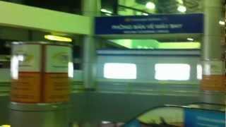 preview picture of video 'Aeropuerto Noi Bai de Hanoi (Vietnam)'