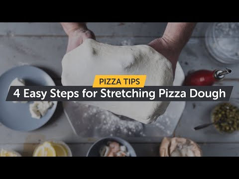 Ooni - Stretching Pizza Dough