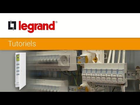 Installez un bac d'encastrement Drivia Legrand