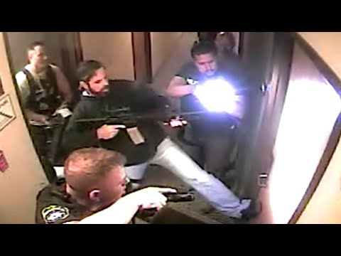 The Incredible Moment Police Rescue a Texas 8-Year-Old