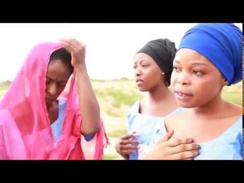 WAKAR RUMAISA 2 hausa movie music (Hausa Songs / Hausa Films)