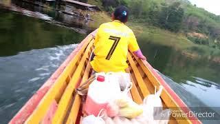 preview picture of video 'ล่องเรือ ณ ป่าฮาลาบาลากลับแพผม'