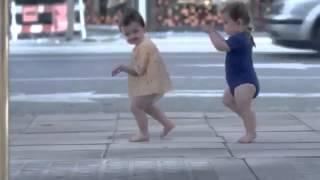 Ржака, прикол, Дети прикольно танцуют  Мы Дети!!!