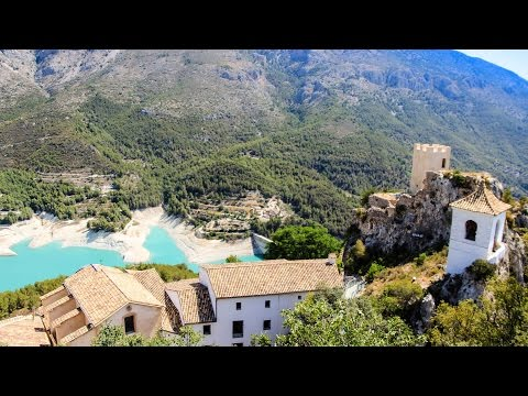 Guadalest - Best Place to Visit in Spain (Walk to the Top)