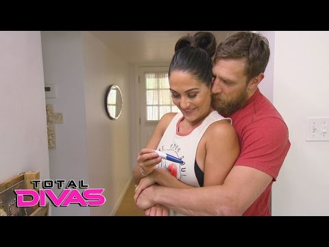 Brie Bella is pregnant: Total Divas, May 10, 2017